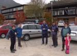 Začeli smo se zbirati pred osnovno šolo v Polhovem Gradcu
