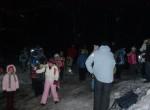 Ob 6h zvečer smo se zbrali pred lovsko kočo