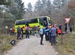 Avtobus nas je pripeljal po cesti Kočevje – Vinica nad Zgornje  Radénce.