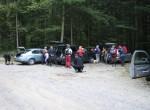 Na izhodišču ture pri domu Trilobit v Javorniškem rovtu se nas  je zbralo 20 udeležencev in 1 pudelj.