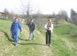 Odločili smo se urediti zgornji del stare strme poti. Dva člana pa sta urejala pot med Vrzdencem in Samotorico.