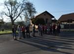 Začetek  pohoda je na parkirišču pri občini.