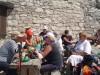 Priložnost za sprostitev  nahrbtnikov pri Gomiščkovemzavetišču (2182 m).