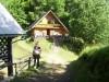 Pri Pečovniški koči so se vršile priprave in razgovori prvih,  ki so prispeli iz celotne Slovenije