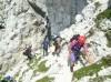 Steza se večino časa vije po grebenu proti Visoki Beli špici.